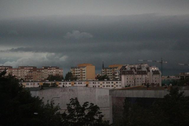 Burzowe chmury na Popowicach