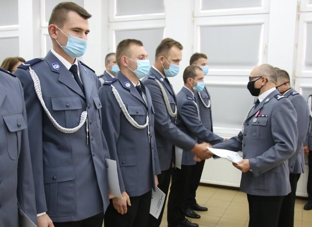 Trzydziestu funkcjonariuszy z brodnickiej komendy zostało mianowanych na wyższe stopnie służbowe