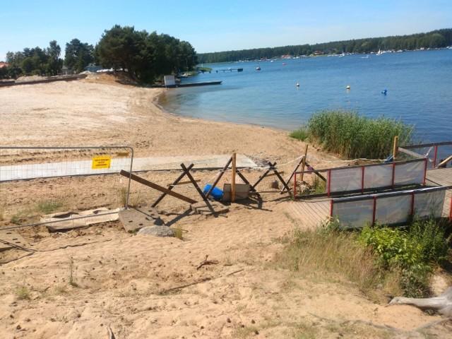Pracy na kąpielisku jeszcze dużo, ale burmistrz Koronowa zapewnia, że wykonawca zdąży z robotą do 4 lipca