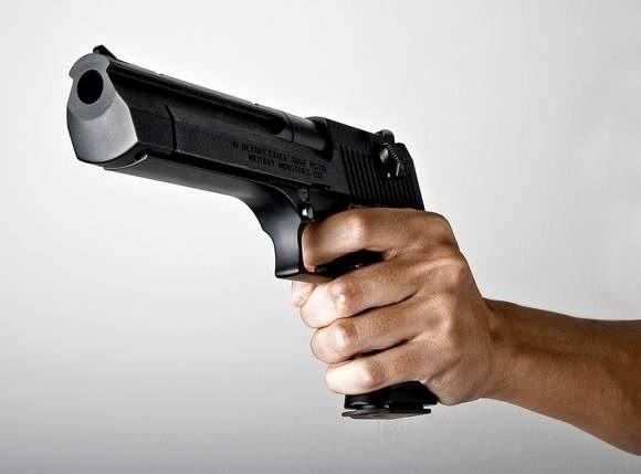 Strzelił koledze w oko z pistoletu.