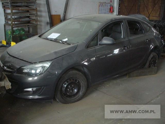 Samochód osobowy Opel Astra Notchback poj. 1.6 (samochód po wypadku, rozbity tył oraz tylna szyba pojazdu)Ilość:1NR fabryczny:WOLPD5ED9GG006102Rok produkcji:2015Cena:14000 Zobacz kolejne zdjęcia. Przesuwaj zdjęcia w prawo - naciśnij strzałkę lub przycisk NASTĘPNE