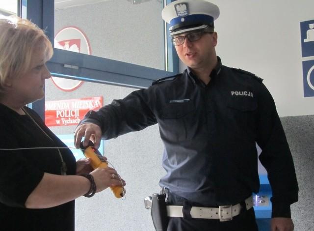 W Komendzie Miejskiej Policji w Tychach zainstalowano samoobsługowy alkomat