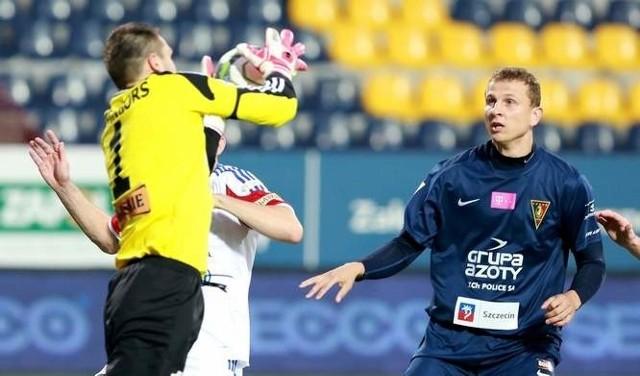 - Jaga ma 20 punktów, jest trzecia w tabeli, a to oznacza, że jest do ogrania. W tej lidze tylko Legia jest na pułapie europejskim - twierdzi Maciej Dąbrowski (z prawej).