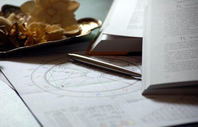 Horoskop na dziś, poniedziałek 26 kwietnia.