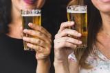 W Polsce nie kupisz alkoholu przez internet. Tracą na tym browary, ale też budżet państwa