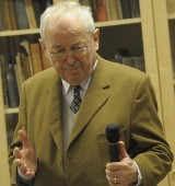 Georgeas Dworak, wolnomularz: - Języków już się nie wyrywa...
