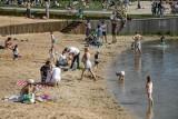 Kąpieliska w Polsce znów otwarte, ale na nowych zasadach. GIS podaje oficjalne wytyczne, m.in. cztery metry na osobę