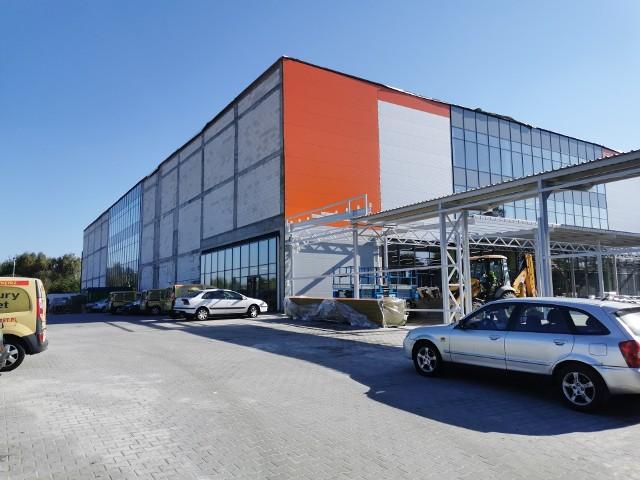 Nowy market budowlany w Chrzanowie