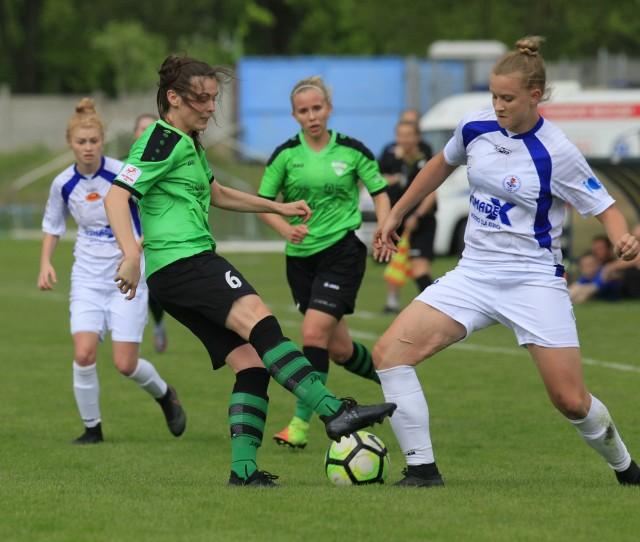 Łodzianki z UKS SMS grają bardzo dobrze w piłkę nożną