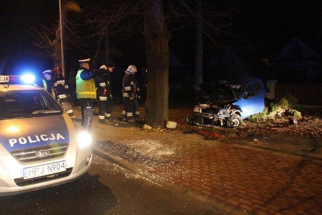 Kobieta kierująca fiatem została ranna.
