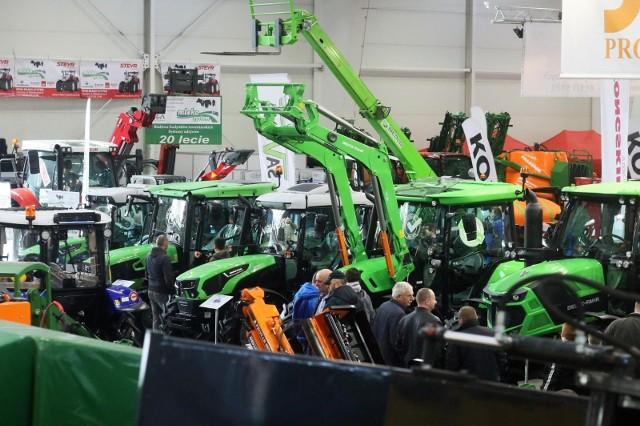 Trwa dobra passa dla producentów i sprzedawców ciągników rolniczych.