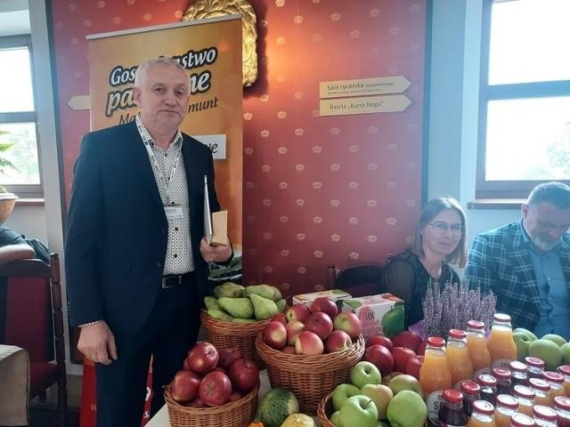"""Witold Stefaniak,  prezes grupy sadowniczo-warzywniczej """"Złoty Sad"""" w Samborcu, koncentrujący się przede wszystkim na eksporcie jabłek."""