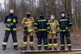 """Wieliczka. """"Ćwiczenia dla Konrada"""" w parku na Stoku pod Baranem. Strażacy zachęcają do pomocy swemu koledze [ZDJĘCIA]"""