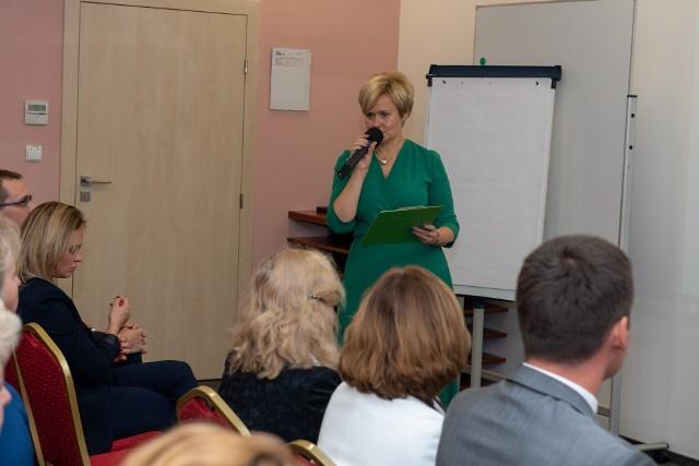 """Marzena Kędra otworzyła konferencję pod tytułem """"Świat edukacji w Cogito"""""""