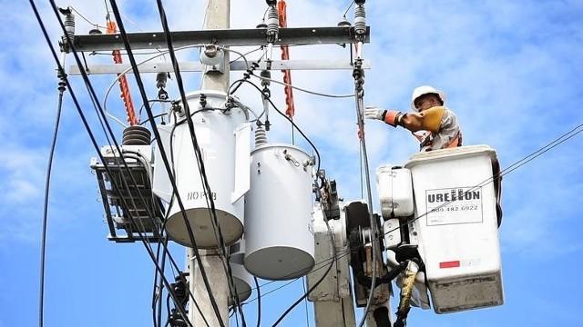 W najbliższych dniach w różnych miejscach w Wielkopolsce nie będzie prądu. Planowe wyłączenia w Poznaniu i innych miastach województwa wielkopolskiego związane są z konserwacją sieci lub innymi pracami. Lepiej być przygotowanym na taką okoliczność. Sprawdź w galerii, gdzie w najbliższych dniach (18-26 lutego) nie będzie prądu. Oto wykaz miast i ulic ---->