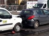 Wypadek trzech aut na Kasprowicza. Są utrudnienia w ruchu