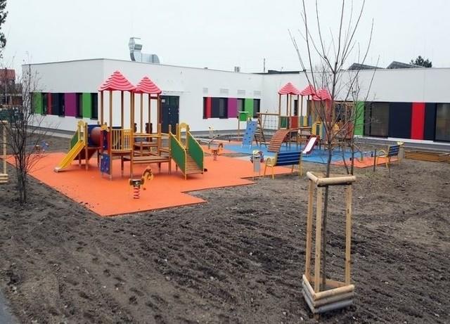 Nowe przedszkole przy ulicy Dębickiej na Złotnikach we Wrocławiu.