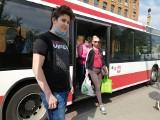 Zasłabł kierowca autobusu w Piotrkowie. Nastolatek uratował pasażerów i kierowcę! Zatrzymał autobus MZK Piotrków 18.05.2021