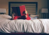 Zostań w domu i czytaj książki. Po jakie lektury sięgaliśmy najczęściej w kwarantannie