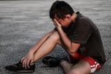 W Głownie chłopiec pociął nożem twarz 5-latka. Dramatyczne wydarzenia w Głownie na placu zabaw
