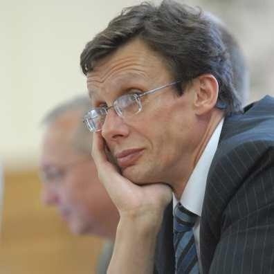 Marek Ast mowi, że nie spodziewał się aż takiego poparcia Lubuszan na listach wyborczych. Dlatego dziekuje za nie.