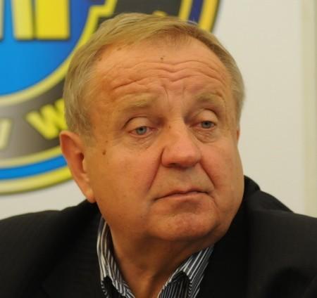 Władysław Komarnicki jest prezesem klubu żużlowego  Stal Caleum Gorzów.