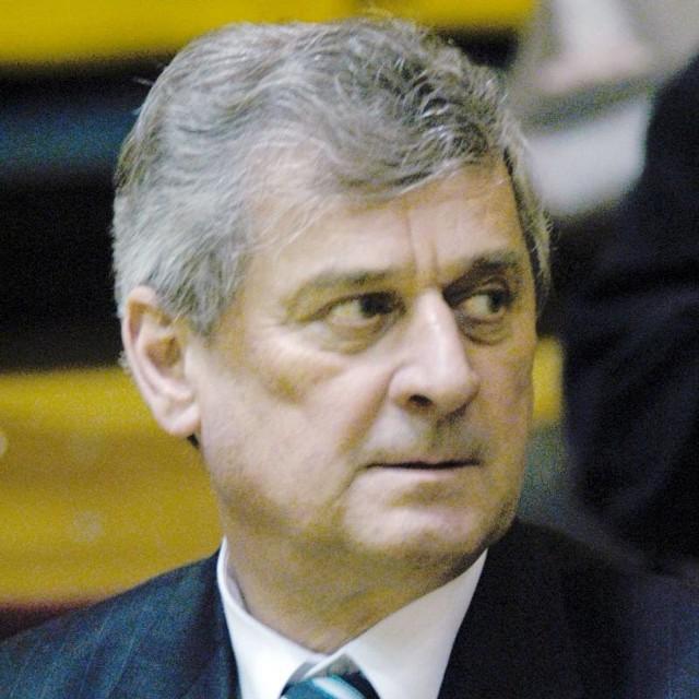 Kazimierz Pietrzyk: Mamy kartę zawodniczą Kurka i w naszym przekonaniu on jest naszym zawodnikiem.