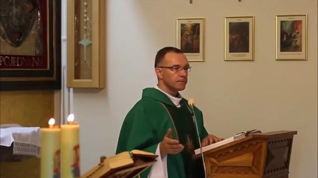 Ks. Paweł Murziński o kobietach w spodniach