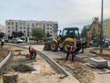 Inwestycje w Fordonie. Trwa modernizacja skrzyżowania, powstaną nowe chodniki