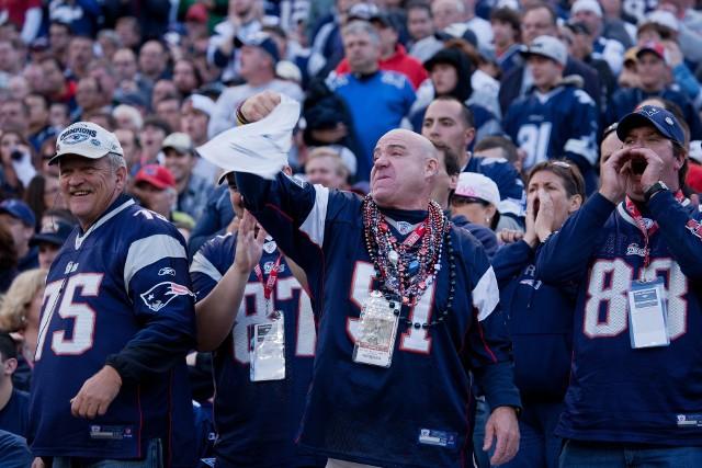 SUPER BOWL 2017 5.02.2017 WYNIK KTO WYGRAŁ RELACJA SKRÓT New England Patriots wygrali po dogrywce z Atlantą Falcons 34:28 w 51. Super Bowl.