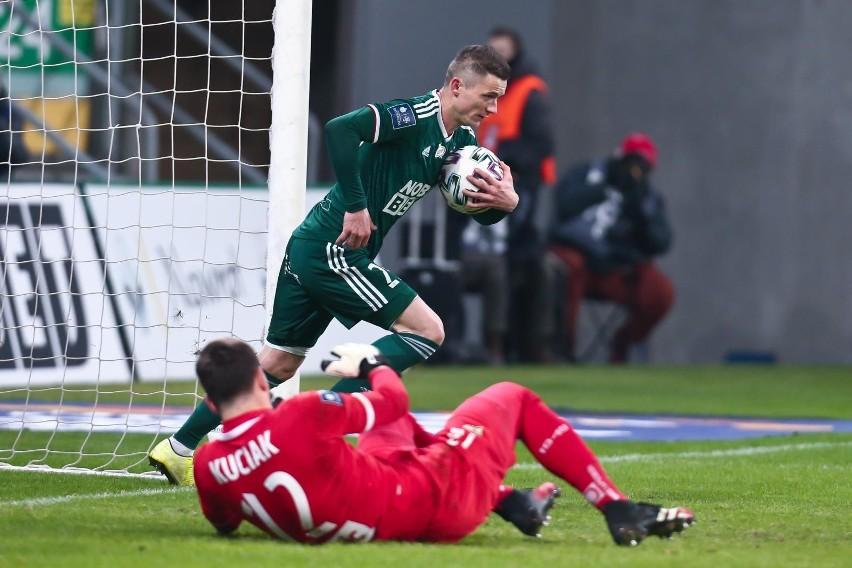 Krzysztof Mączyński odgryzł się piłkarzowi Lecha Poznań.