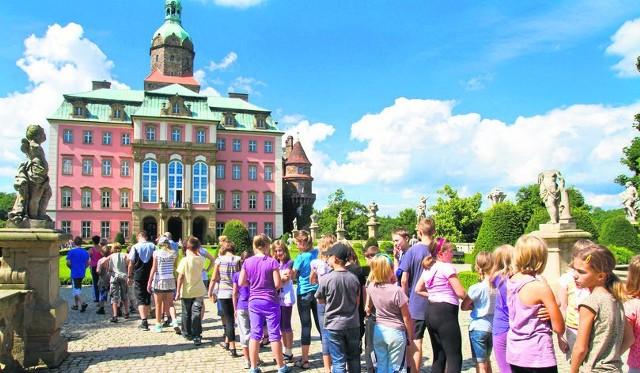 Jednym z najczęściej odwiedzanych przez turystów zabytków na Dolnym Śląsku jest oczywiście zamek Książ w Wałbrzychu