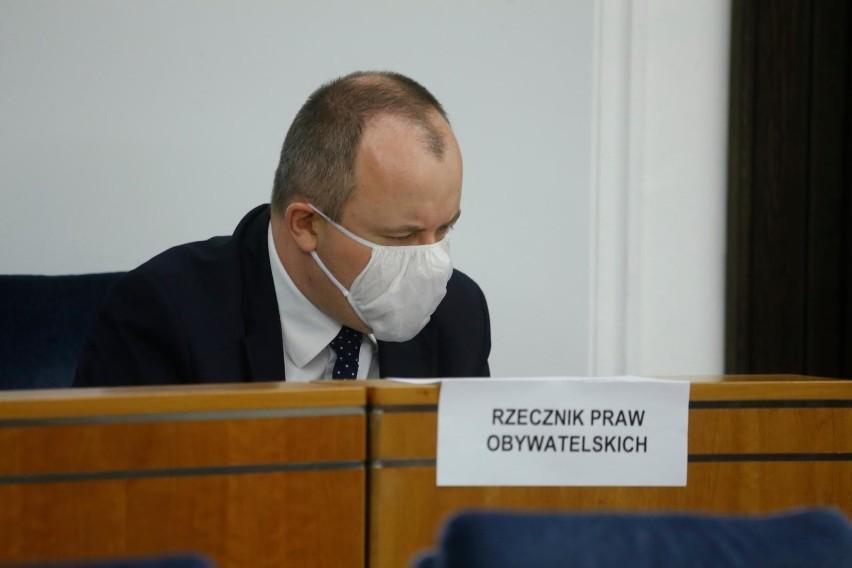 """Biuro RPO cały czas pracuje, """"realizuje zadania i postępuje zgodnie z procedurami przygotowanymi na czas pandemii."""
