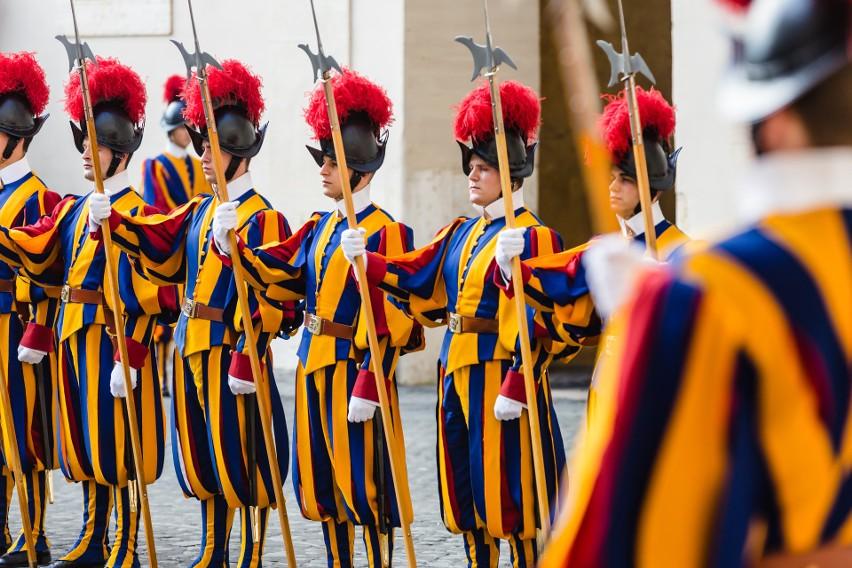 10. Prawdziwa ochrona papieża...