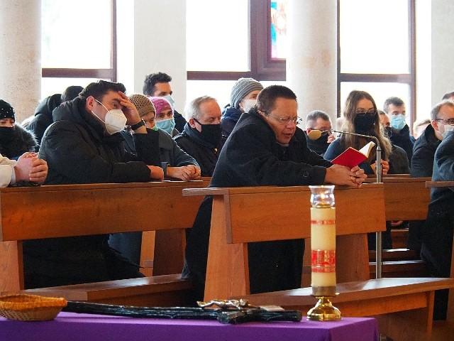 Abp Grzegorz Ryś na Koronce do Miłosierdzia Bożego w kościele pw. św. Faustyny.
