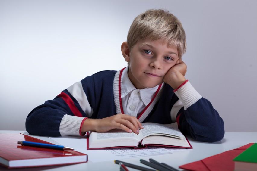 Nowa lista lektur szkolnych ministra Czarnka. Co będą czytać uczniowie? Zobaczcie