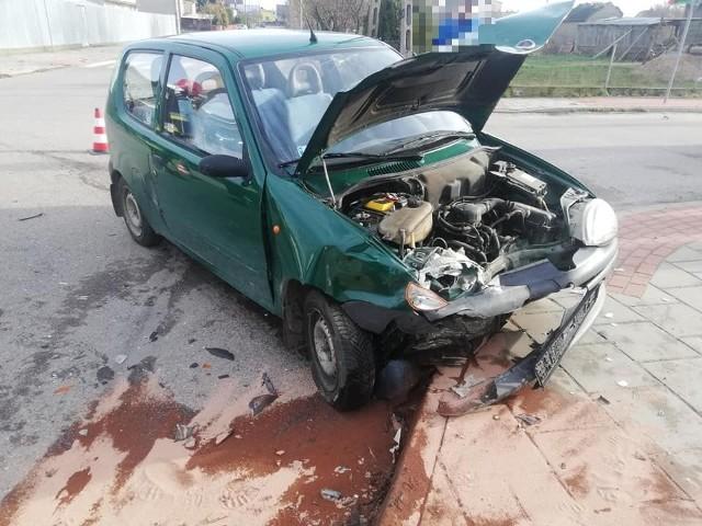Na skrzyżowaniu ul. Nowozielonej i Piaskowej w Suchowoli zderzyły się volkswagen i fiat. Kierowały nimi dwie kobiety