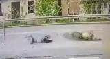 Wypadek motocyklisty Jarosław. Motocyklista stracił nogę w wypadku! 14.05.19 Sprawcą wypadku 82-letni kierowca smarta [WIDEO z wypadku]