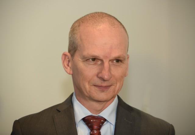 """Wojciech Rosicki, sekretarz miasta Łodzi, zwany też """"superwiceprezydentem"""" za swą opinię nadział się na ostre kontry społeczników."""
