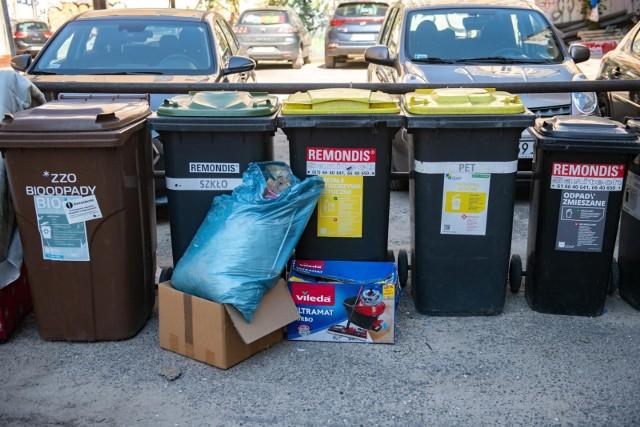 W Poznaniu może być problem z odbiorem bioodpadów. GOAP twierdzi, że śmieci przymarzają do pojemników