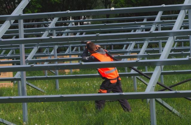 Ok. 8 mln zł wyda MPWiK na budowę farmy fotowoltaicznej na terenie oczyszczalni ścieków na Hajdowie