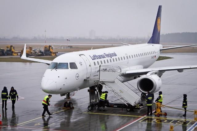 Ryanair i Lufthansa to linie lotnicze odpowiedzialne za największą część ruchu pasażerskiego na bydgoskim lotnisku.