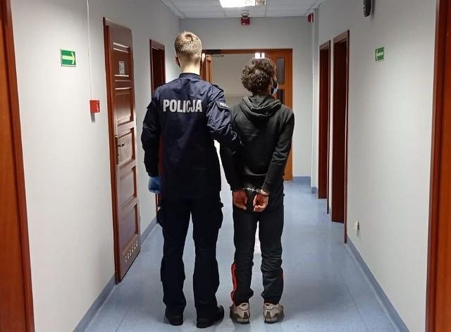 Policjanci odzyskali skradzione przedmioty i ustalili, że zatrzymany 24-latek ma na swoim koncie także inne podobne czyny.