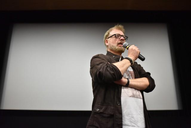 Spotkanie z krytykiem filmowym odbyło się w toruńskim kinie CSW. Na spotkanie z Tomaszem Raczkiem przyszło wielu chętnych wiedzy słuchaczy.
