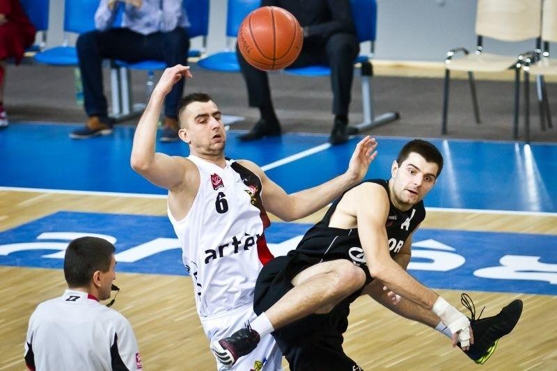 Sebastian Laydych rzucił Polpharmie 12 punktów