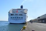 Kolejny kolos wpłynał do Gdyni. Pasażerowie wycieczkowca Aurora zwiedzają Trójmiasto [zdjęcia, wideo]