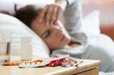 Nadużywamy leków bez recepty. Eksperci Śląskiego Uniwersytetu Medycznego przestrzegają: To niebezpieczne. Zwłaszcza dla przewlekle chorych