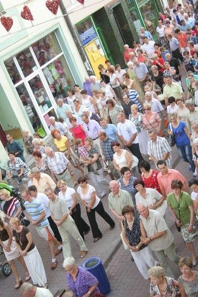 Wierni przeszli w procesji ulicami Chełmna