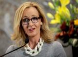 Joanne K. Rowling wygrała w sądzie 19 tys. funtów od byłej asystentki, która potajemnie wydawała jej pieniądze na słodycze, perfumy i kotki