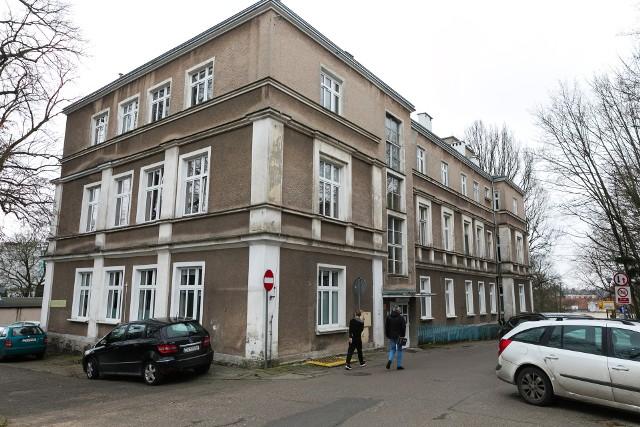 Uczennica z Gryfina trafiła dziś do szpitala przy Arkońskiej w Szczecinie.